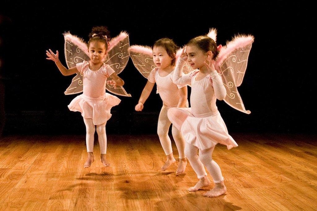 WHITE-WAVE-Kids-can-dance_-Toddler.jpg