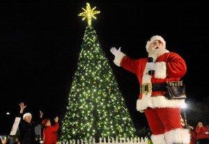 fairfield_tree_lighting_1-1024x707